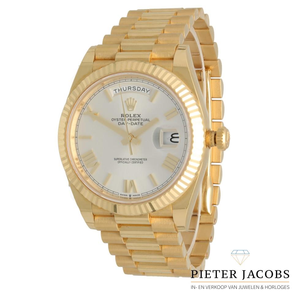 Rolex Day-Date 40 Geelgoud Ref. 228238