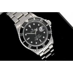 Rolex Submariner Date Ref.16610